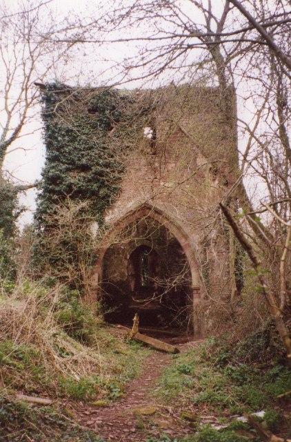 Ruined Church of St Mary, Avenbury