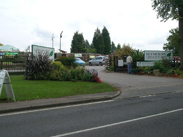 Entrance to Seymours Garden Centre