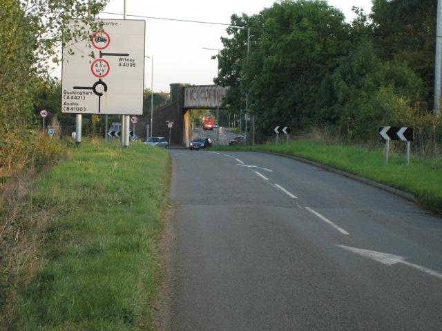 Railway bridge over Bucknell Road, Bicester