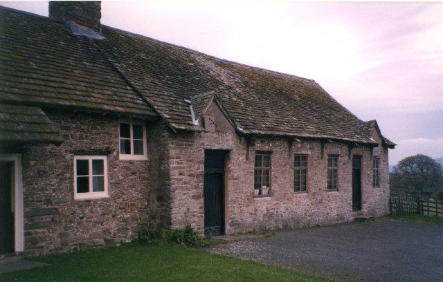 Maes-y-ronnen Chapel, Glasbury