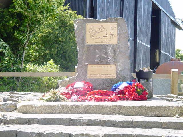 Tarrant Rushton Memorial