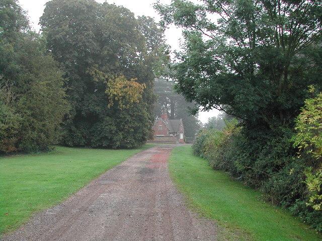 West entrance Winkburn Park