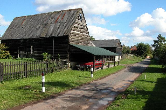Farm buildings, The Leigh
