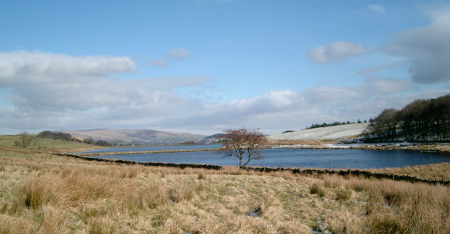 Dean Clough Reservoir in Winter