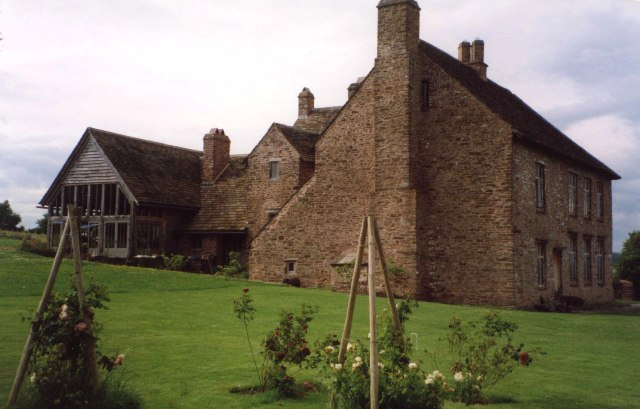 Tredustan Court, Talgarth