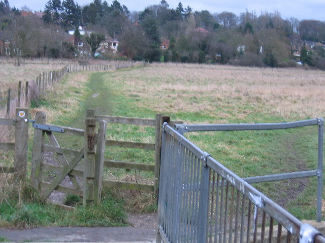 A footpath  leading to Chalfont St Giles