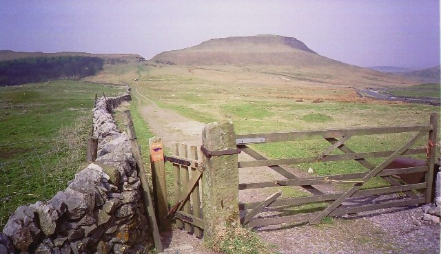 The path south from Mam Tor