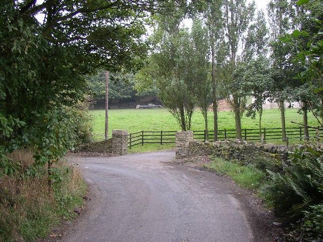 The bend in Paul Lane, Kirkheaton