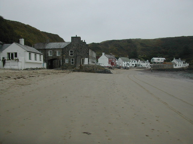 Porth Dinllaen and the Ty Coch Inn