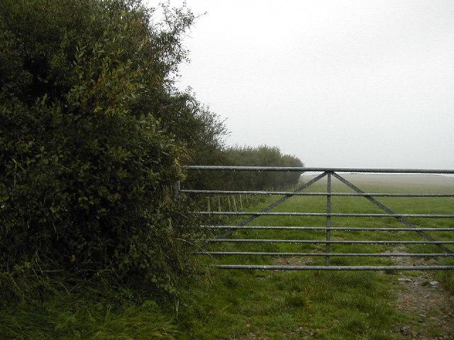 Footpath to Porth Widlin