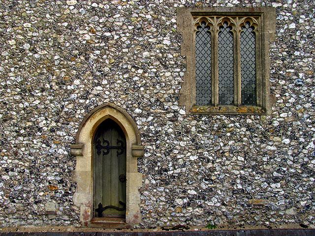 Flintstone Wall of St Swithuns