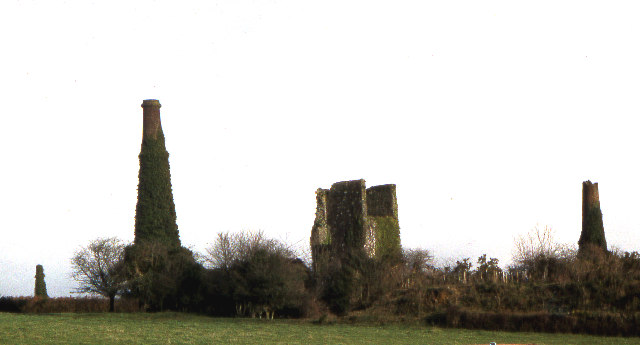 East Calstock Mine buildings 1977