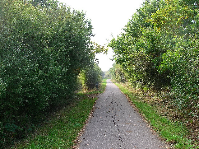 Cuckoo Trail between Polegate and Hailsham