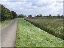 TF3207 : Archer's Drove, Thorney, Cambs by Rodney Burton