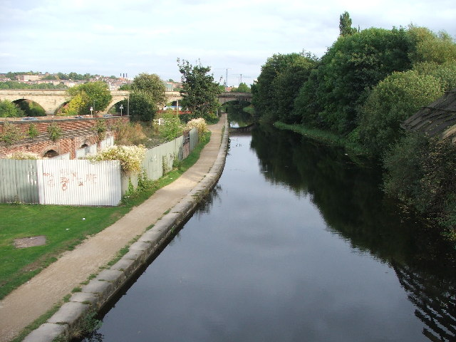 Leeds and Liverpool Canal.