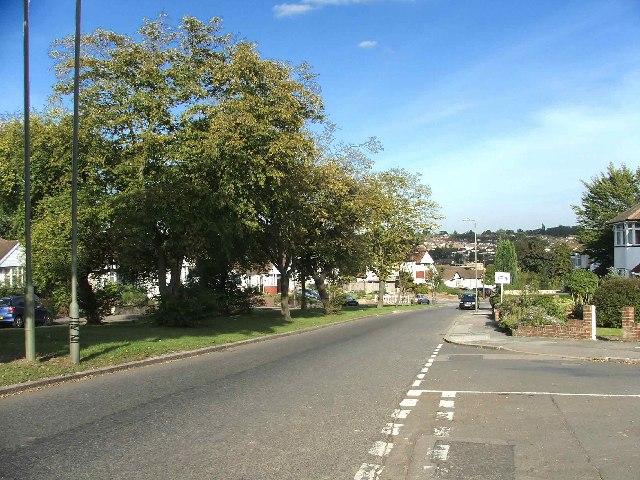 Russell Lane, Oakleigh Park