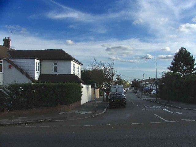 Weirdale Avenue, Oakleigh Park