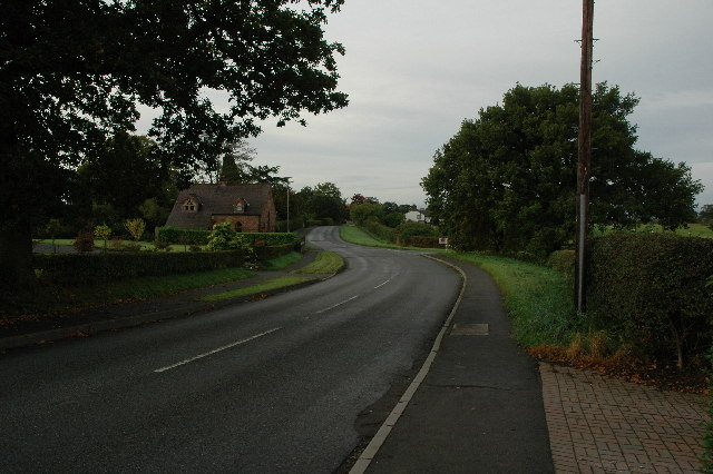 Tarvin Road thro'Mouldsworth