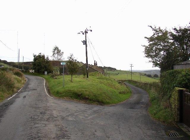 Road junction on Bradshaw Lane, Slaithwaite