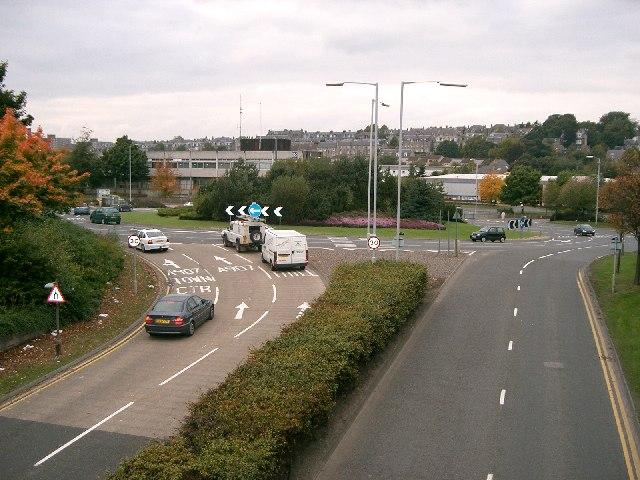 Sinclair Gardens Roundabout