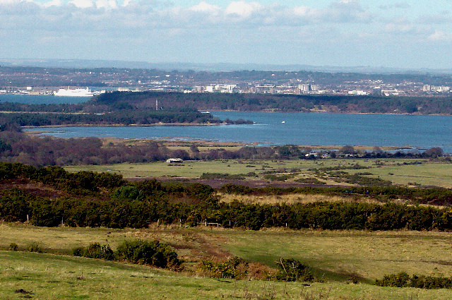 Viewpoint on the B3351 towards Brownsea Island & Poole