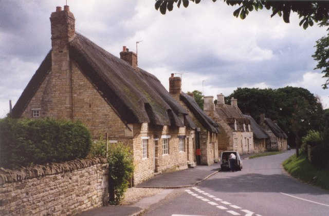 Thatched cottages at Exton