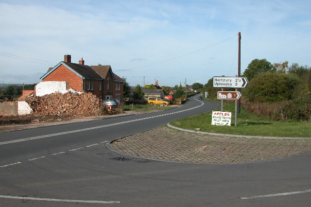 New Houses, Highleadon