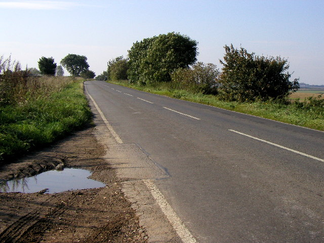 The road to Little Weighton