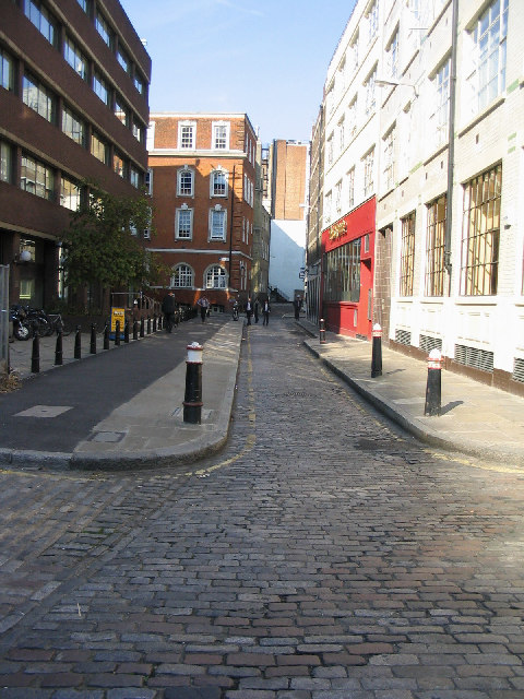 Cobbled Street in the city of London