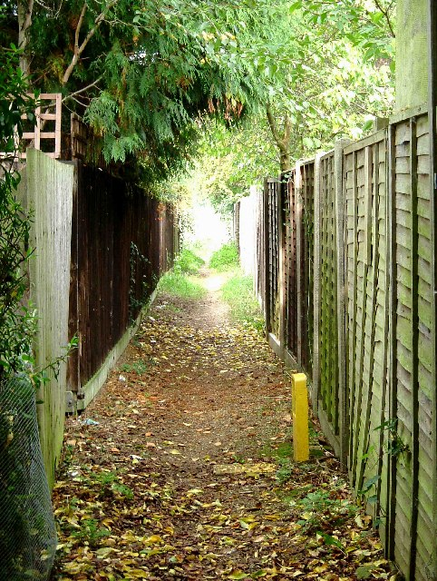 Footpath to Green Acres
