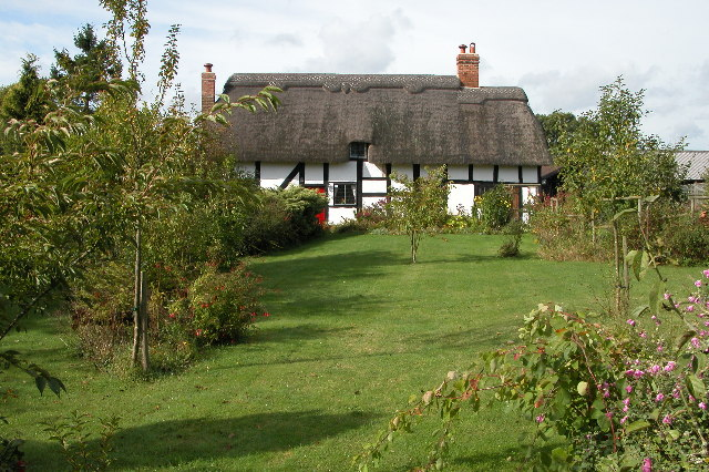 Thatched Cottage near Tibberton