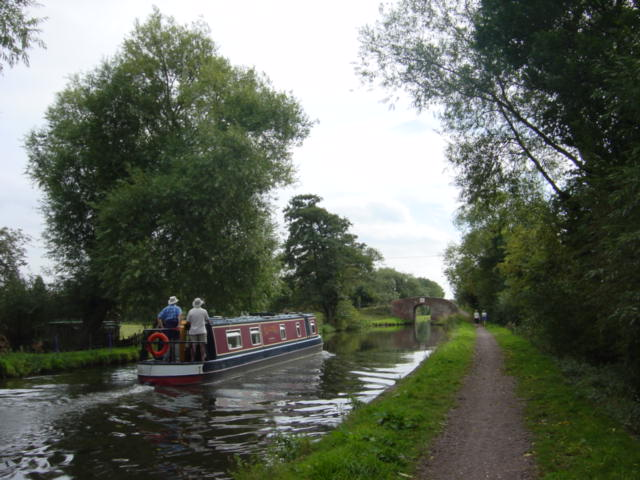 Narrow Boat on Trent-Mersey canal