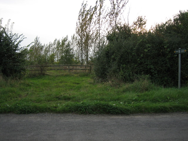 Footpath south to Launton