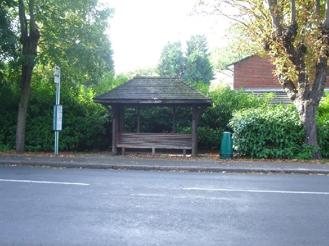 Bus stop on the west side of Hersham Road