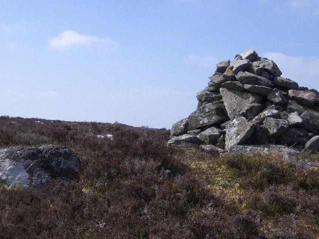 White Craig cairn