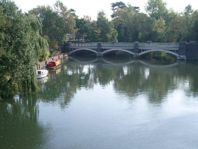 The old bridge over the River Wey at Weybridge