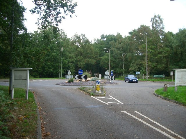 Roundabout on Seven Hills Road