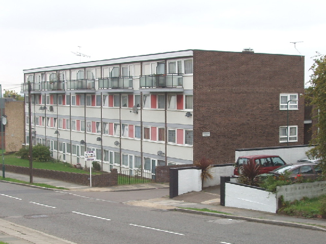 Flats in Hay Lane, Colindale