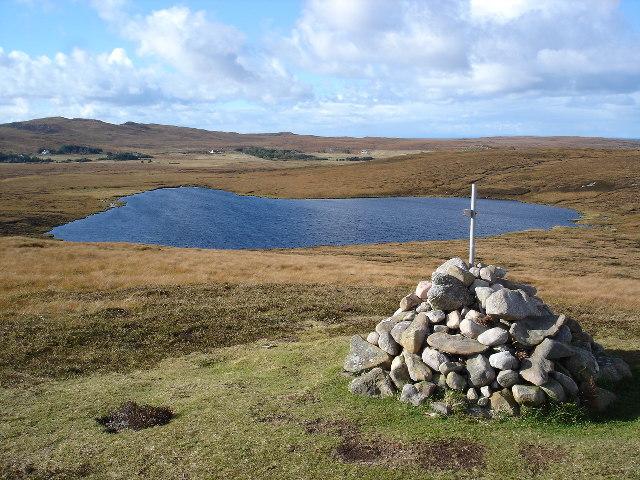 Loch Dubh Geodhachan Tharailt