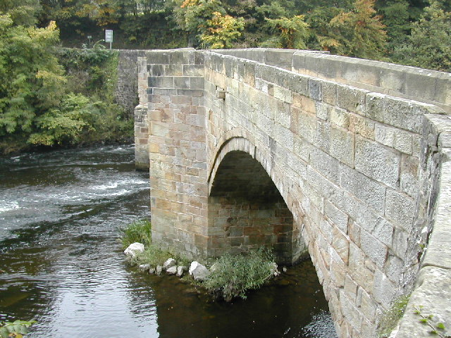 Bridge over the Dee at Trevor