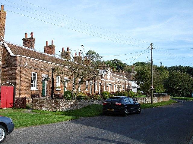 Alms houses, East Street, Harrietsham