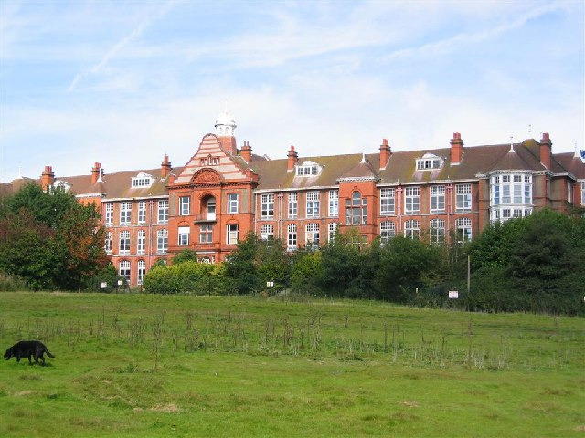 Crossley Hospital East , 1905 - 1961