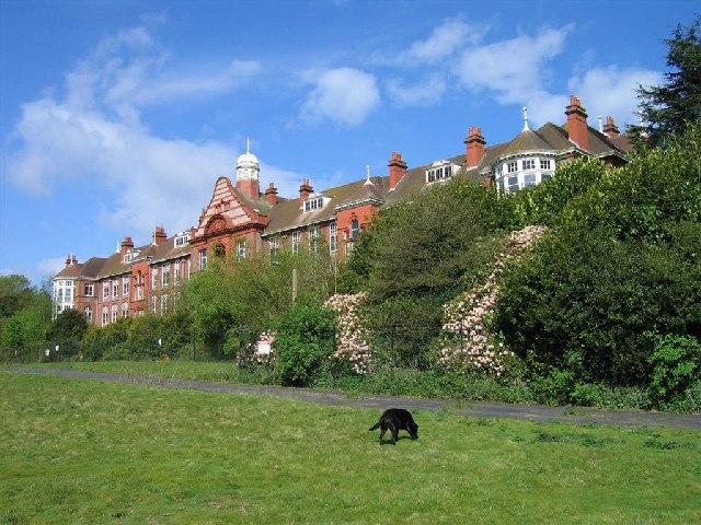 Crossley Hospital East, 1905-1961