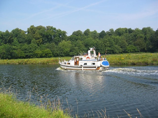 Motor Launch on River Weaver near Kingsley