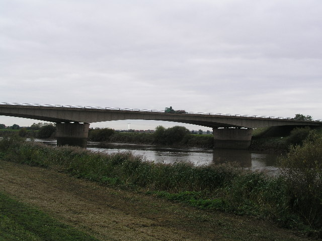 M180 crossing the River Trent