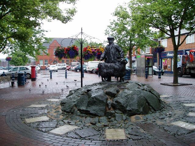 Oswestry - street statue