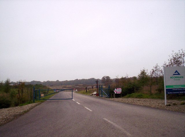 Entrance to Arnhall Quarry