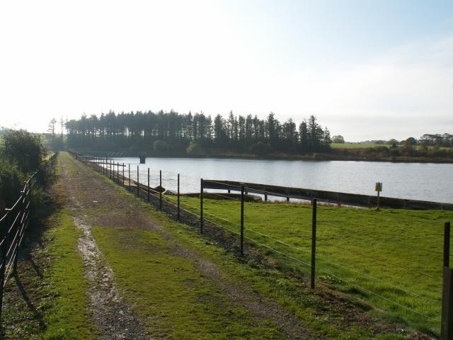 East Dam, Cameron reservoir