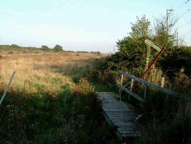 Footbridge & Fingerpost