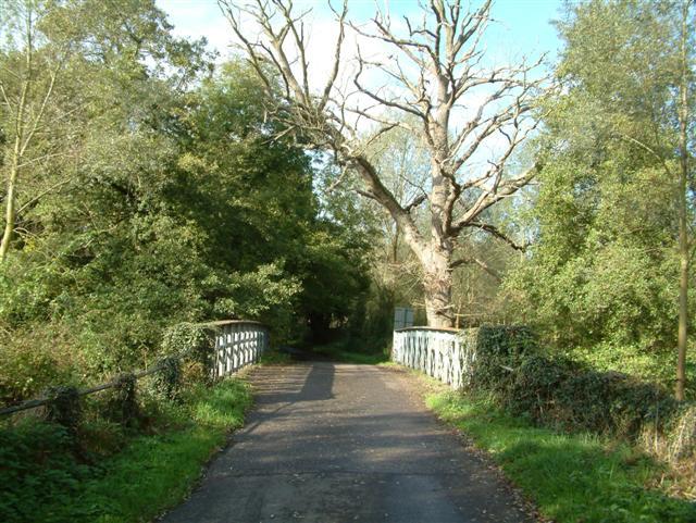 King's Bridge, Swallowfield